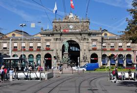 Parques de estacionamento Estação Central de Zurique em Zurique - Reserve ao melhor preço