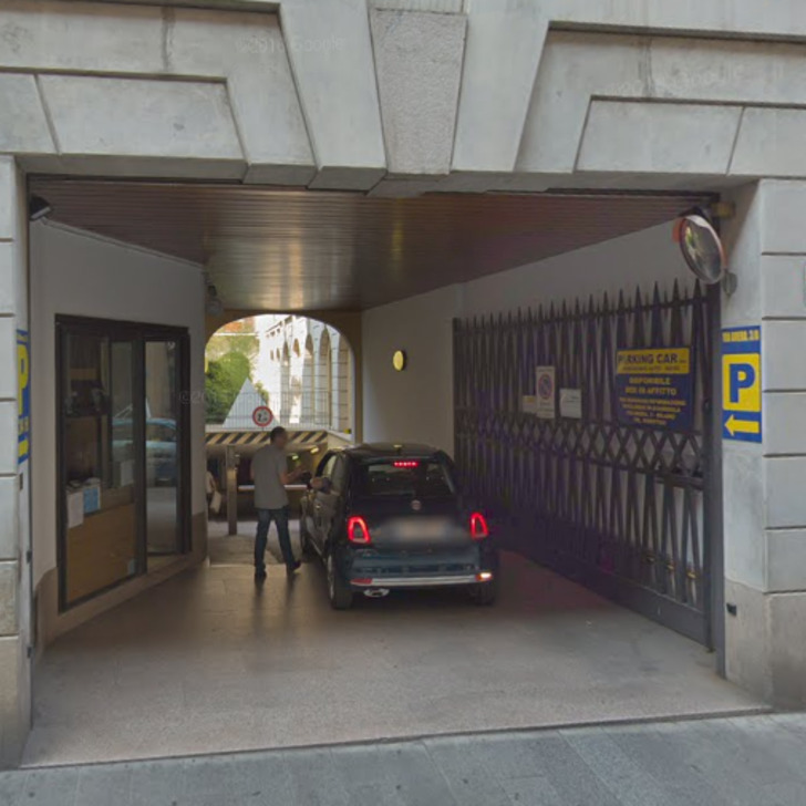 BRERA PARKING CAR Openbare Parking (Overdekt) Milano