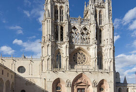 Catedral de Burgos car parks in Burgos - Book at the best price