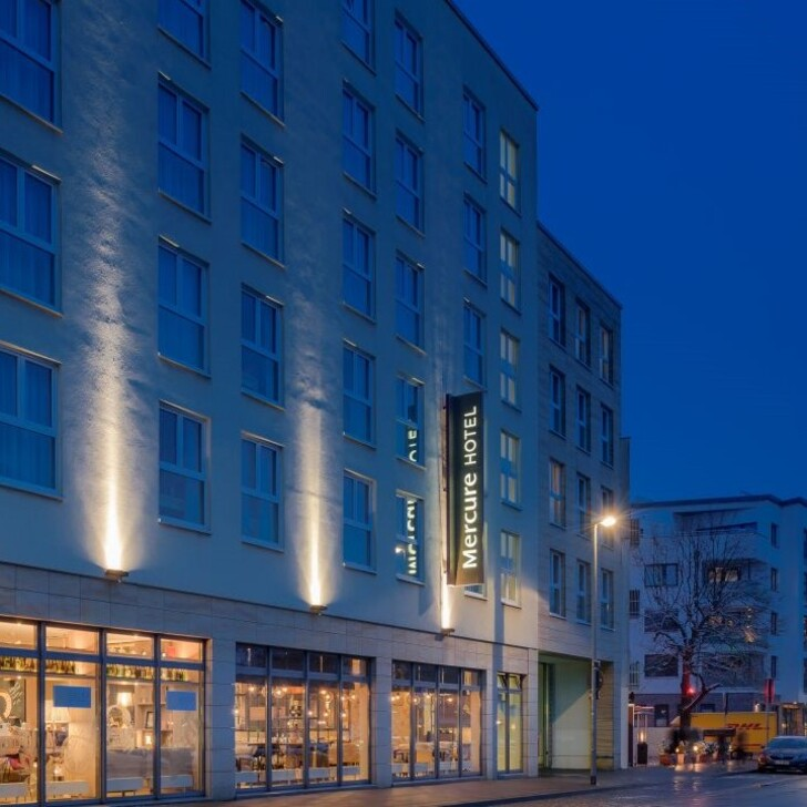 Parking Hotel MERCURE HANNOVER MITTE (Exterior) Hannover