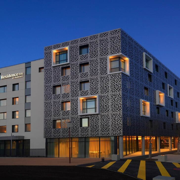 RÉSIDENCE INN BY MARRIOTT Hotel Car Park (Covered) Blagnac