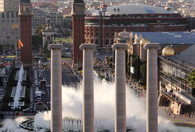 Fontaine Magique de Montjuic car parks in Barcelona - Book at the best price
