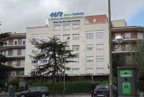 Parques de estacionamento Hospital San Rafael em Madrid - Reserve ao melhor preço
