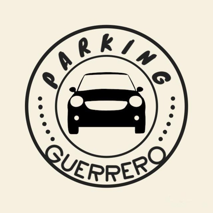 PARKING GUERRERO Valet Service Parking (Exterieur) Sevilla