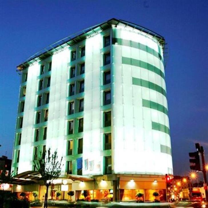 Parking Hotel BEST WESTERN ANTARES HOTEL CONCORDE (Cubierto) Milano