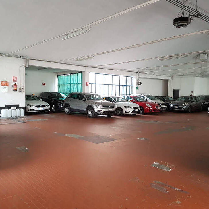 Parking Público GARAGE GIANGALEAZZO (Cubierto) Milano