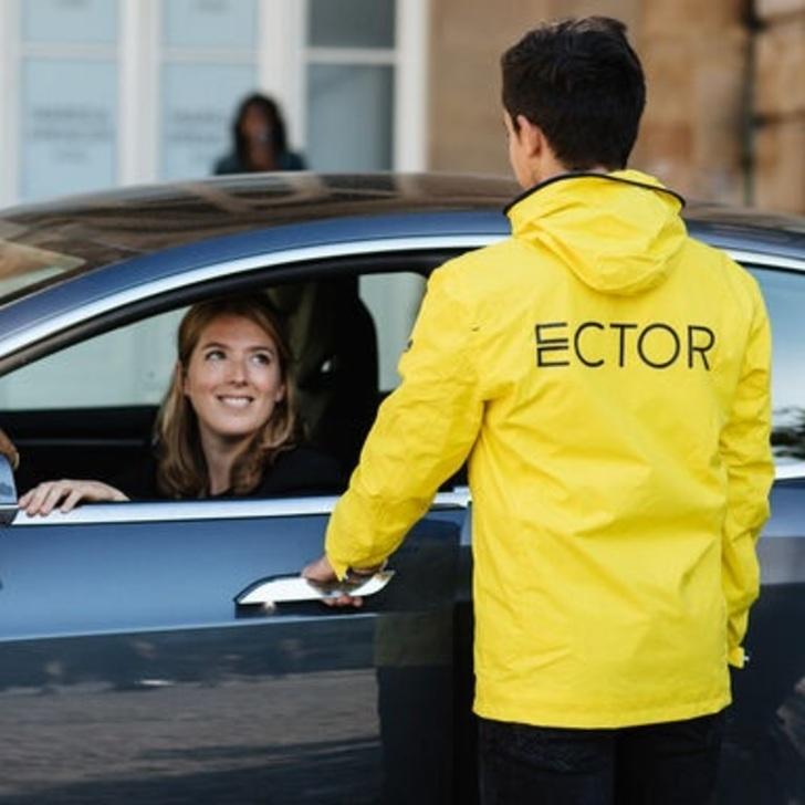 ECTOR LILLE LESQUIN Valet Service Car Park (External) Lesquin