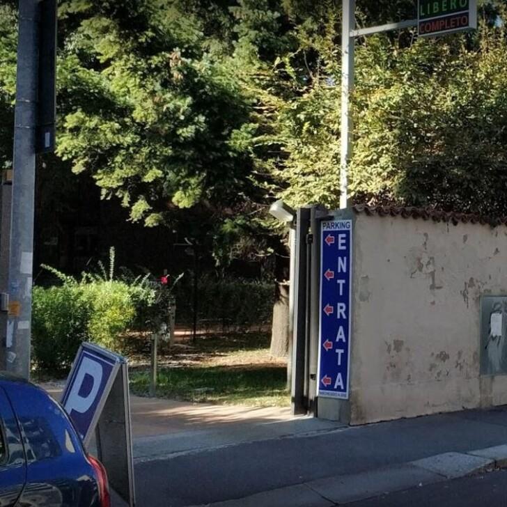 Estacionamento Público PARKING DELLE BASILICHE (Coberto) Milano