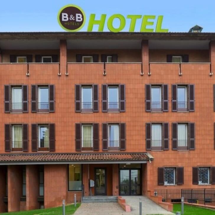 Parking Hotel B&B HOTEL BERGAMO (Exterior) Bergamo