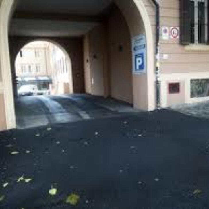 Estacionamento Público GARAGE PIGNETO (Coberto) Roma