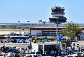 Parques de estacionamento Aeroporto Internacional de Faro - Reserve ao melhor preço
