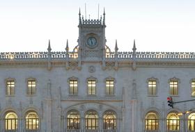 Parques de estacionamento Estação do Rossio em Lisboa - Reserve ao melhor preço