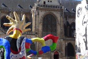 Beaubourg car parks in Paris - Book at the best price