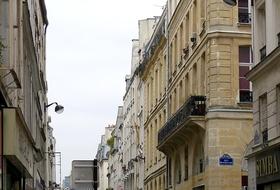 Parkplätze Rue Poissonnière in Paris - Buchen Sie zum besten Preis