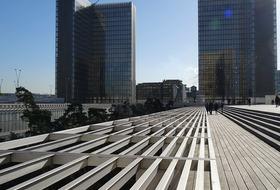 Parkeerplaatsen Bibliothèque François Mitterrand in Paris - Boek tegen de beste prijs