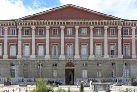 Parkplätze Palais de justice in Chambéry - Buchen Sie zum besten Preis