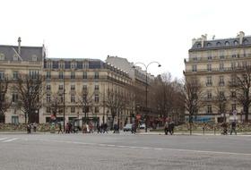 Rond-Point des Champs-Elysées car parks in Paris - Book at the best price