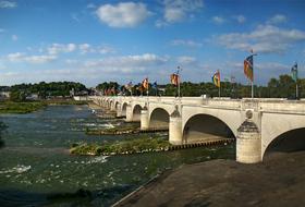 Parkeerplaats Quai de Loire in Tours : tarieven en abonnementen - Parkeren in de stad | Onepark