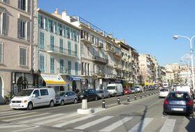 Parkplätze in Stadtmitte von Cannes - Buchen Sie zum besten Preis