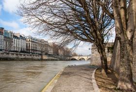 Parking Quai de Seine à Paris : tarifs et abonnements - Parking de centre-ville | Onepark