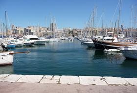 Quai Rive Neuve car parks in Marseille - Book at the best price