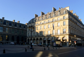 Palais-Royal - Louvre car parks in Paris - Book at the best price