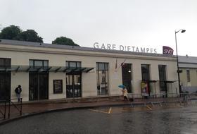 Parkplätze Gare Etampes in Etampes - Buchen Sie zum besten Preis