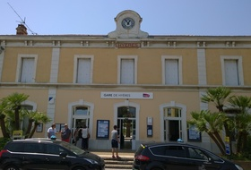 Gare Hyères car parks in Hyères - Book at the best price