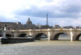 Pont-Neuf car parks in Paris - Book at the best price