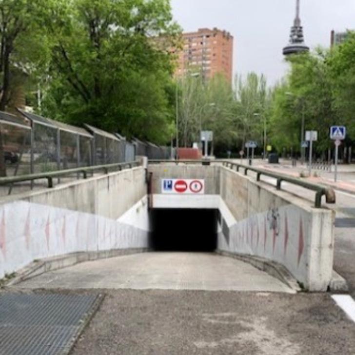 Parking Público JUAN ESPLANDIU (Cubierto) Madrid