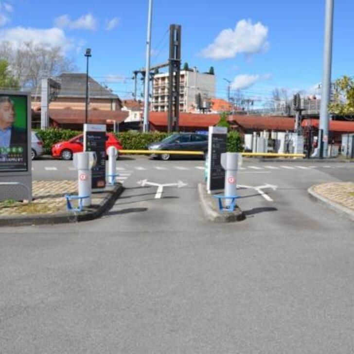 EFFIA GARE DE VICHY Officiële Parking (Exterieur) Vichy