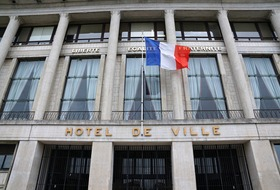Hotel de Ville car parks in Le Havre - Book at the best price