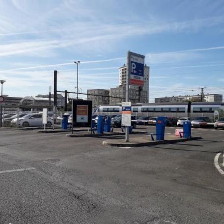EFFIA GARE DE SAINT-PIERRE-DES-CORPS SUD Officiële Parking (Exterieur) Saint-Pierre-des-Corps