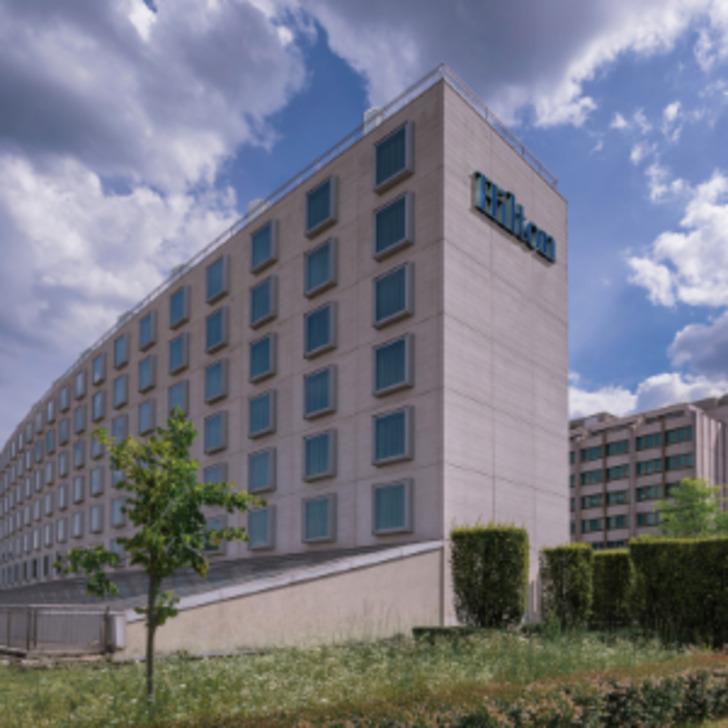 HILTON HOTEL & CONFERENCE CENTRE GENEVA Hotel Car Park (Covered) Suisse