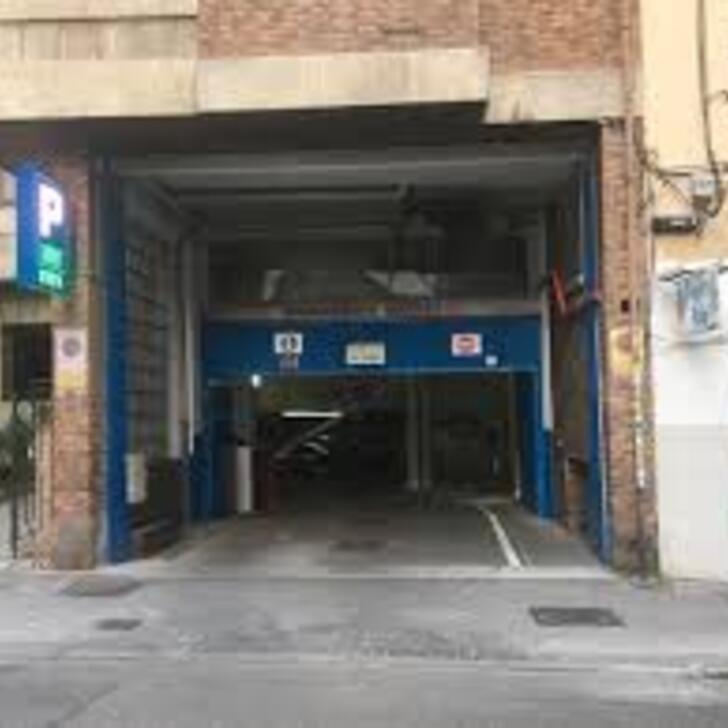 APK MAIQUEZ 21 Public Car Park (Covered) Madrid