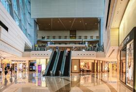 Malaga Plaza Shopping Center car parks in  - Book at the best price