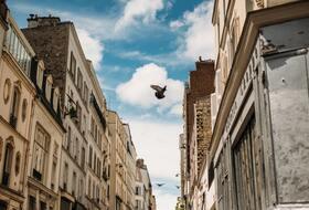 Parkeerplaatsen Quartier Saint-Cyprien in Toulouse - Boek tegen de beste prijs