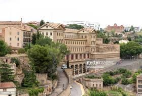 Parques de estacionamento no Manresa centro da cidade - Reserve ao melhor preço