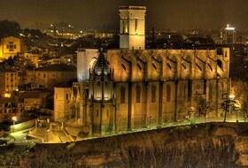 Parques de estacionamento Basilique Santa Maria de la Seu de Manresa em Manrèse - Reserve ao melhor preço