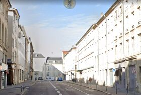 Rue Dom Calmet car parks in Nancy - Book at the best price