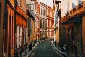 Parques de estacionamento Saint-Georges em Toulouse - Reserve ao melhor preço