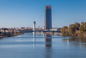 Parques de estacionamento Torre Sevilla em Sevilla - Reserve ao melhor preço