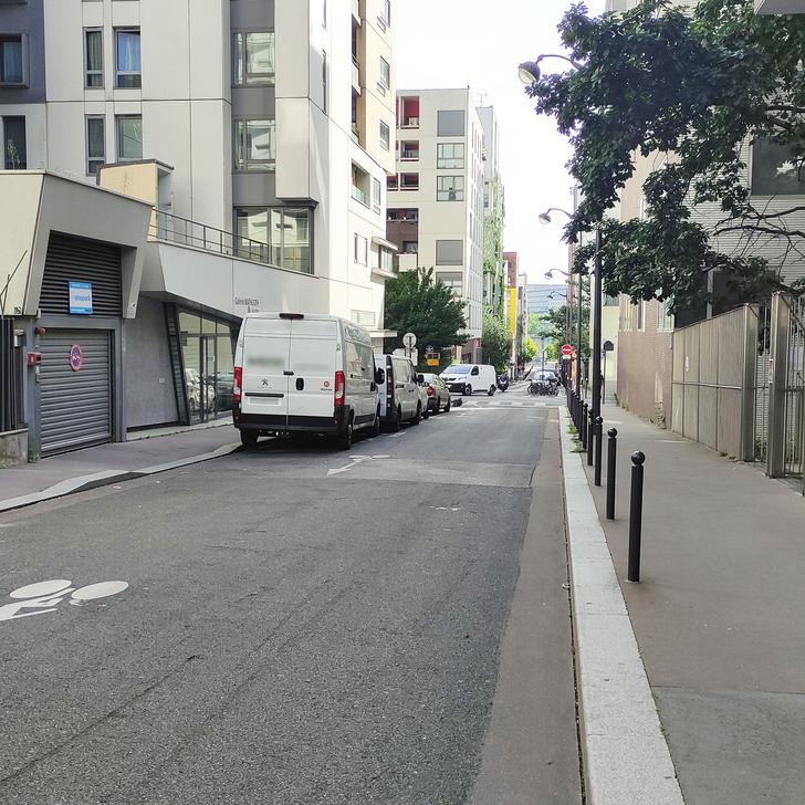 Parking Immeuble RUE HÉLÈNE BRION (Couvert) Paris